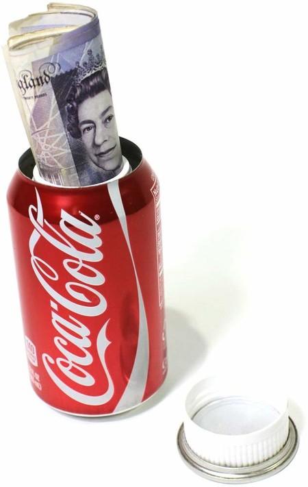 Botes de refresco para guardar dinero