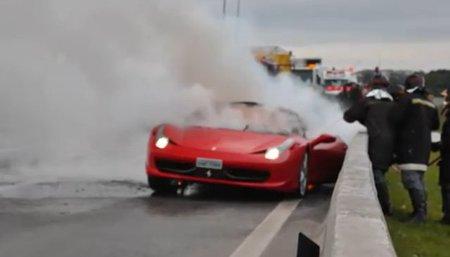 Dolorpasión™: otro Ferrari 458 Italia va al infierno