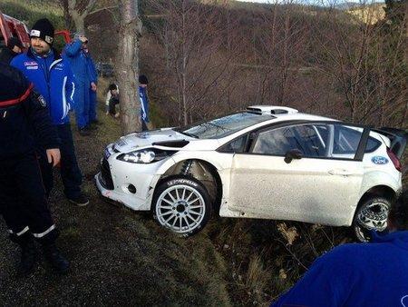 Jari-Matti Latvala y Sébastien Loeb sufren percances en sus primeros test