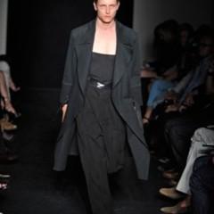 Foto 8 de 13 de la galería yves-saint-laurent-primavera-verano-2010-en-la-semana-de-la-moda-de-paris en Trendencias Hombre