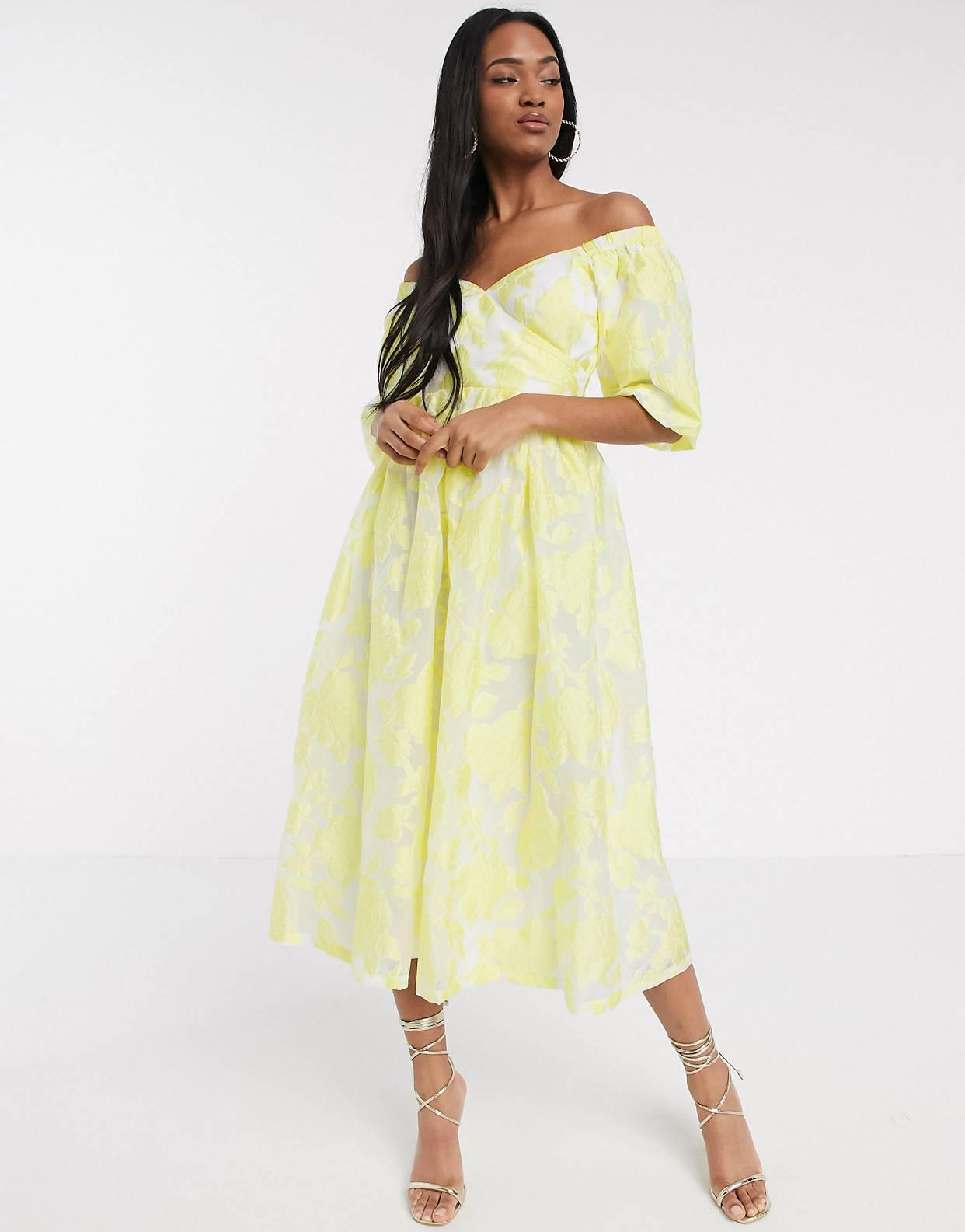 Vestido midi de manga abullonada en amarillo con espalda acordonada y diseño floral en organza de ASOS DESIGN