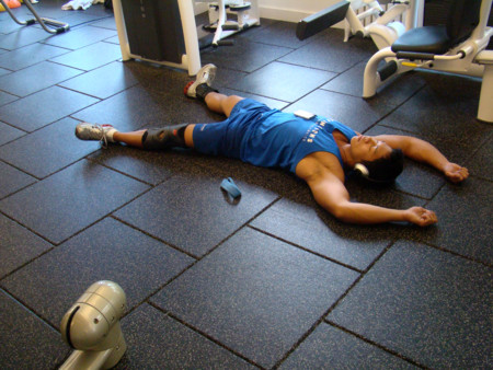 exhausto gimnasio