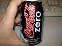 Beber refrescos sin azúcar tampoco es recomendable a diario