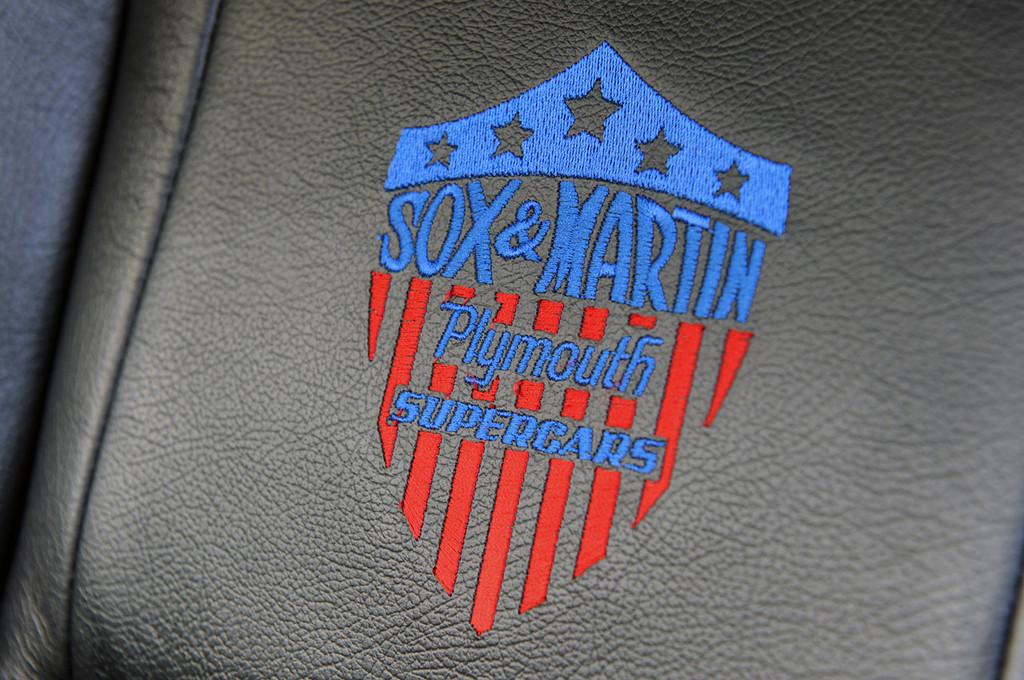 Foto de Mr. Norm's Sox & Martin Collector Series HEMI 'Cuda (36/72)