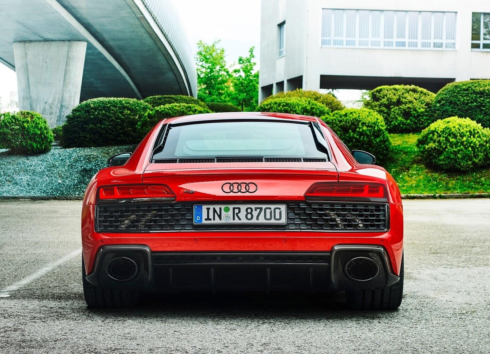 Foto de Audi R8 V10 Performance RWD (13/21)