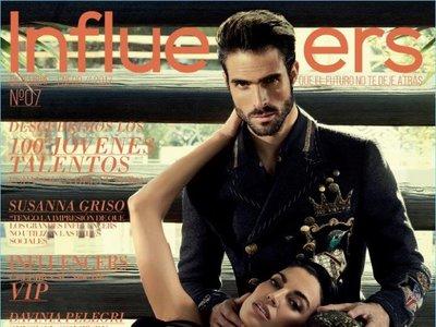 Juan Betancourt despide el año en la portada de la revista Influencers