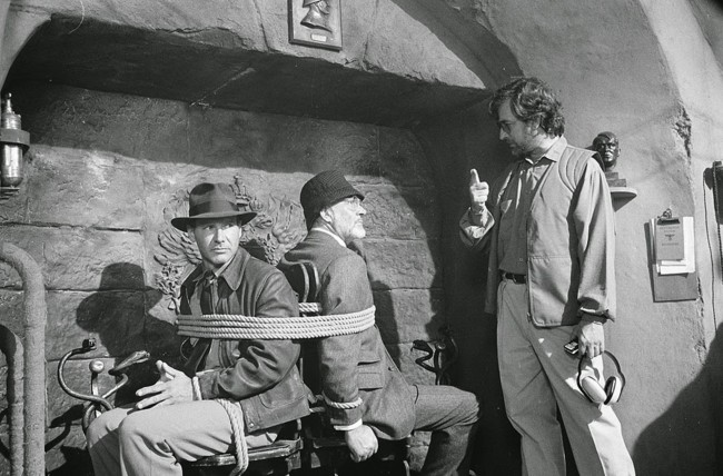 Steven Spielberg con Harrison Ford y Sean Connery en el rodaje de Indiana Jones 3