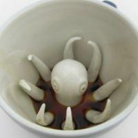 ¿Qué es esa criatura que asoma de mi taza?