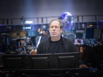 Hans Zimmer se reinventa como estrella del rock en el Festival de Coachella
