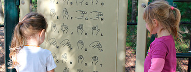 """El reto de decir """"ay que me LOL"""" en la lengua de signos"""