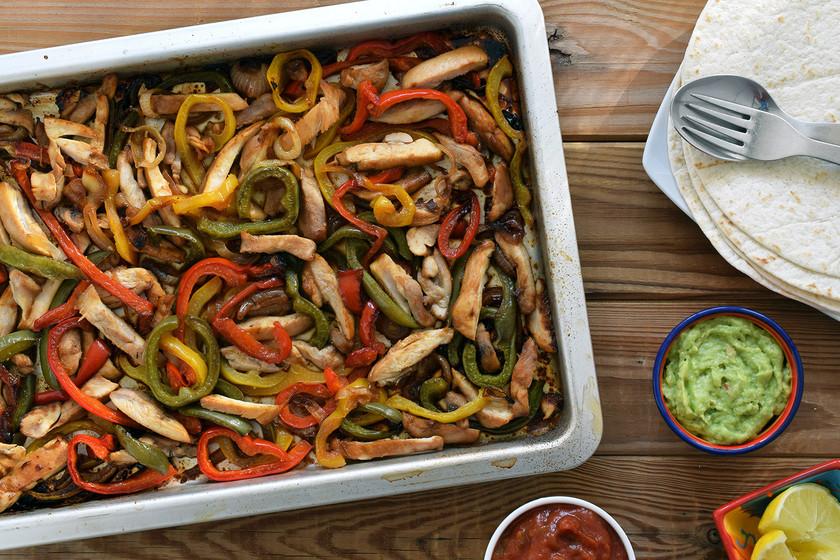 Fajitas de pollo al horno: la forma más fácil y sabrosa de preparar el mítico plato tex-mex
