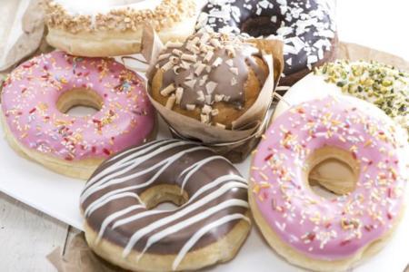 Dieta rica en grasas y azúcares, más nociva que una dieta rica en grasas