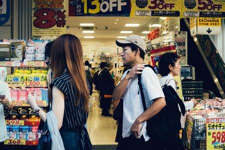Las chucherías están al lado de las cajas del supermercado por una poderosa razón: al cambiarlas de sitio sus ventas se reducen