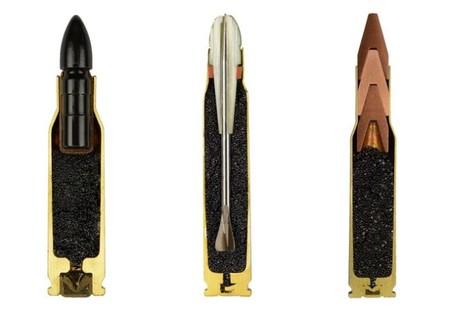 Armas que no funcionaron demasiado bien: una pistola que se llevaba descargada por miedo, gatos acústicos, bazookas nucleares...