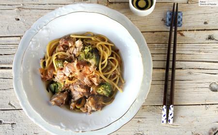 Yakisoba con carne y verduras, receta fácil de pasta sin gluten lista en 15 minutos