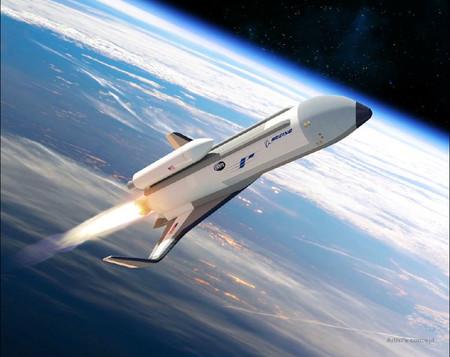 DARPA quiere que su avión espacial hipersónico vuele en dos años y se alía con Boeing para su construcción