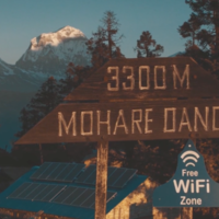 Si varios pueblos remotos de Nepal tienen Internet hoy es gracias al empeño de este hombre