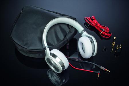 Pioneer trae a México dos nuevos modelos de auriculares muy estéticos