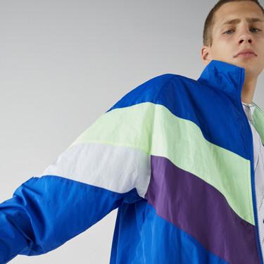 El motivo chevron regresa más retro que nunca con éstas coloridas chaquetas de Bershka