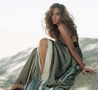 Leona Lewis, una más con fragancia