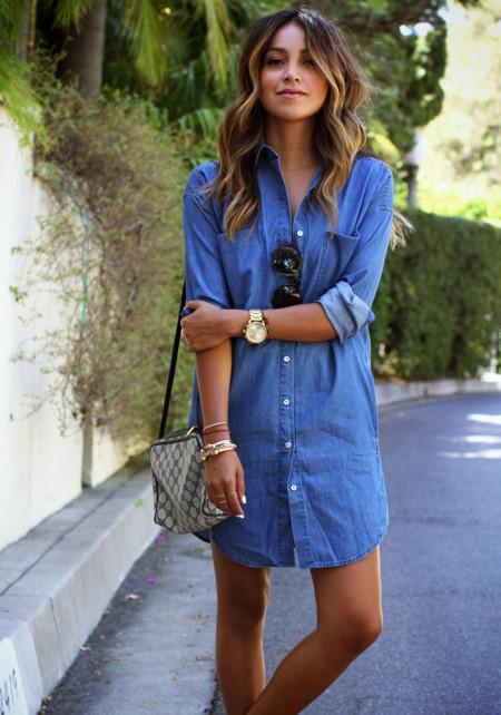 Los vestidos vaqueros se hacen con el verano, ¿aún no tienes uno?