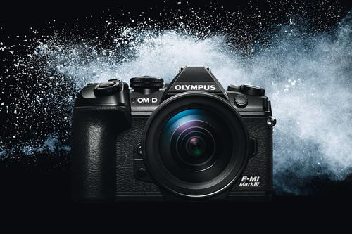 Olympus OM-D E-M1 Mark III, la profesional se renueva presumiendo de portabilidad y el estabilizador más avanzado del mundo