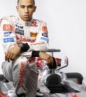 Hamilton al volante, peligro constante