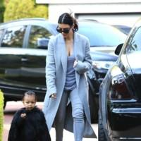 Kim y el total grey