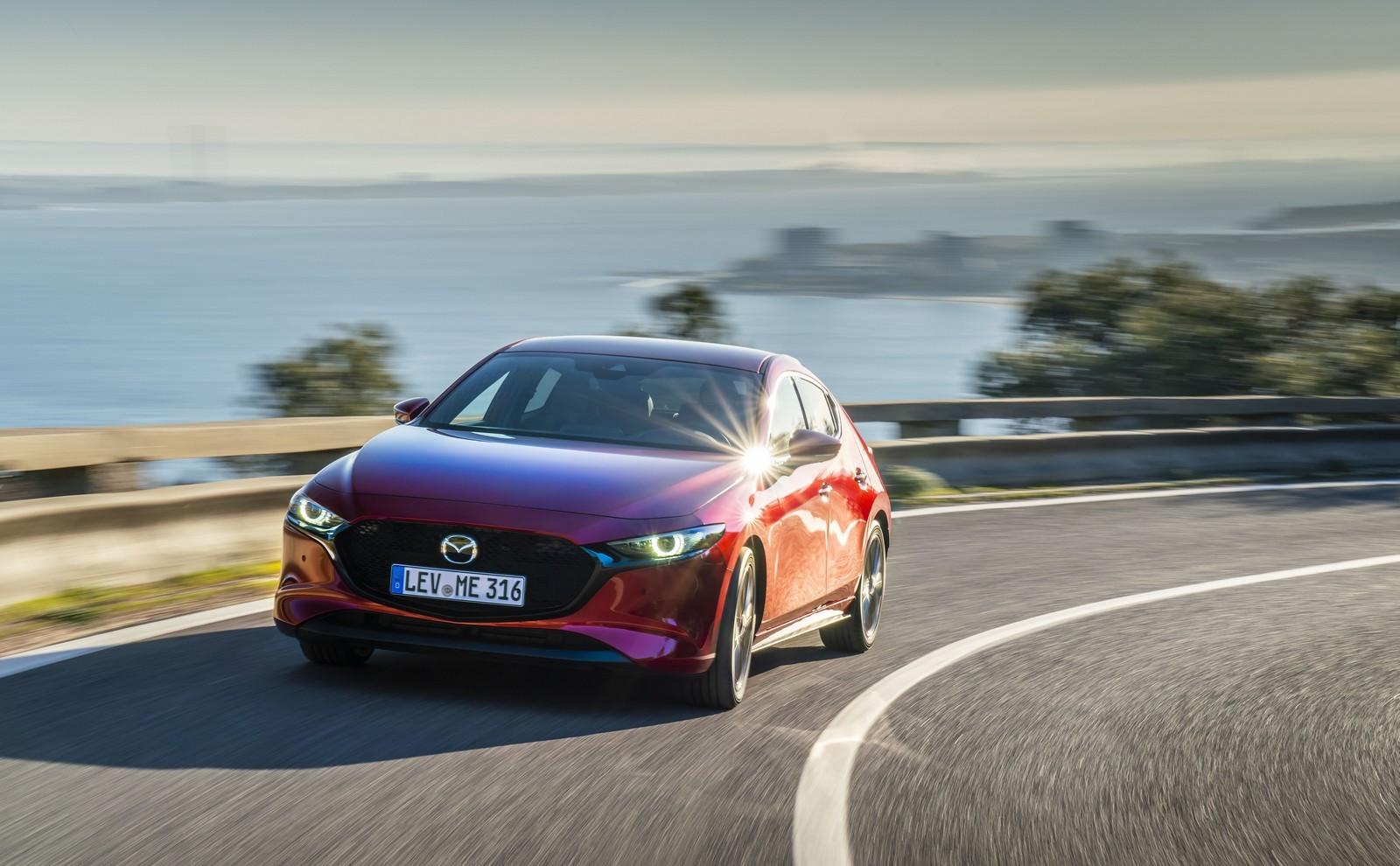 Foto de Mazda3 2019 (47/128)