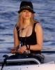 10_Avril Lavigne.jpg