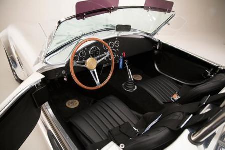 Shelby 427 Cobra 50 Aniversario 3