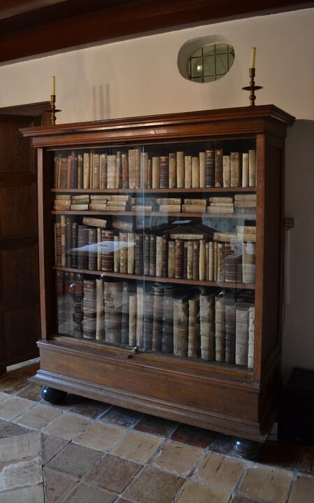 Spinoza S Bookcase In The Spinozahuis Rijnsburg