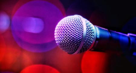 Cinco aplicaciones de karaoke en iOS y Android para divertirte cantando