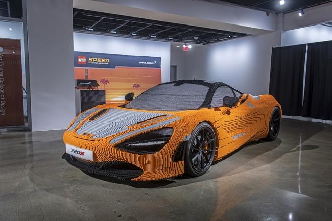 Más de 280 mil bloques de Lego fueron necesarios para construir este McLaren 720S escala 1:1