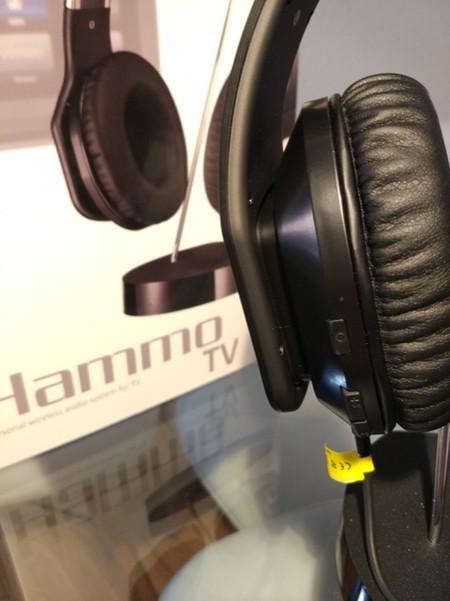 Detalle de los Hammo en su base, donde podemos ver el minúsculo LED de encendido