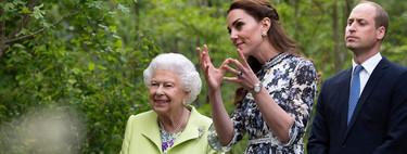 Kate Middleton luce un vestido romántico con alpargatas de una marca española ¡Un look ideal!