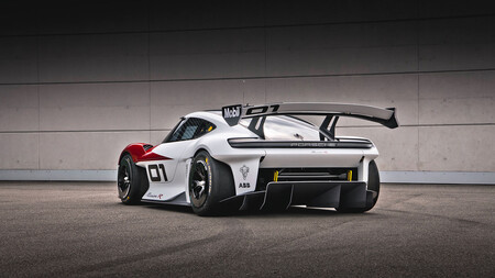 Porsche Mission R 05