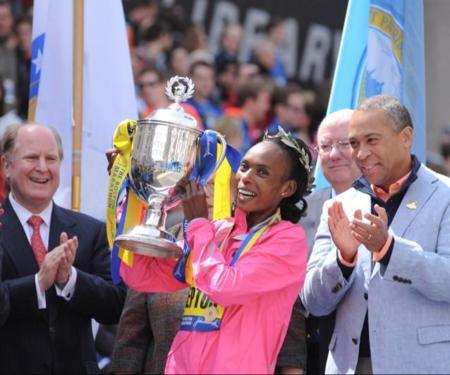 La kenyana Rita Jeptoo gana el Maratón de Boston 2014 con nuevo récord