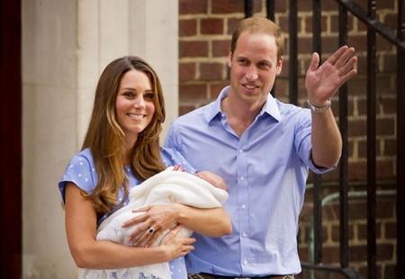 Pero qué monérrimos Kate Middleton y en príncipe Guillermo con su Royal Baby
