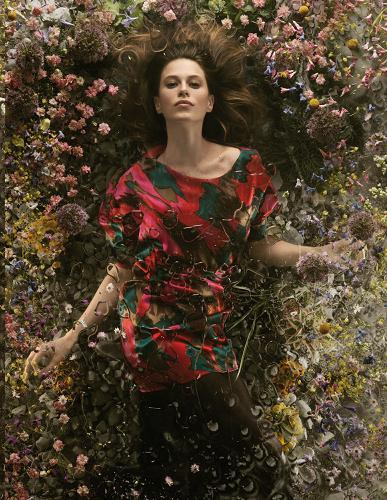 Hoss Intropia Catálogo de invierno: vestidos