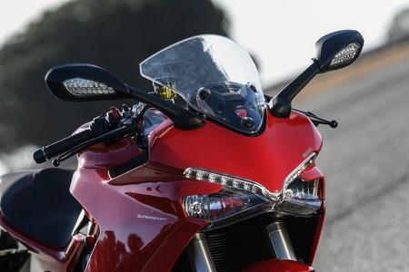 Ducati Supersport 2017 011