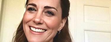 Kate Middleton apuesta por el azul más primaveral (e ideal) en sus dos últimas videollamadas