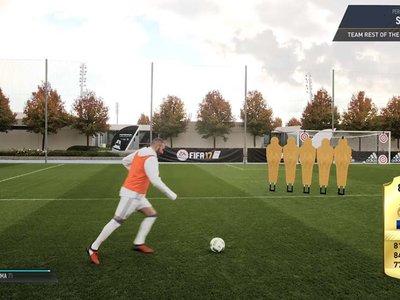 Los jugadores del Real Madrid intentan los retos de habilidad de FIFA 17