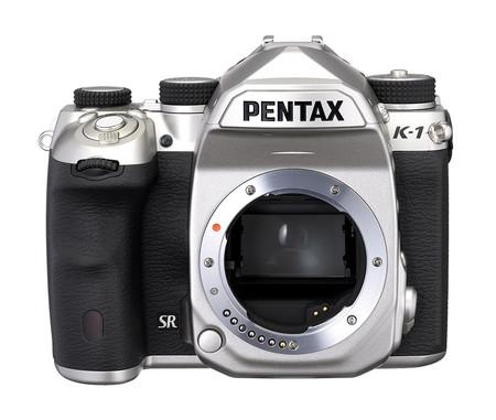 Pentax K 1 Silver 02