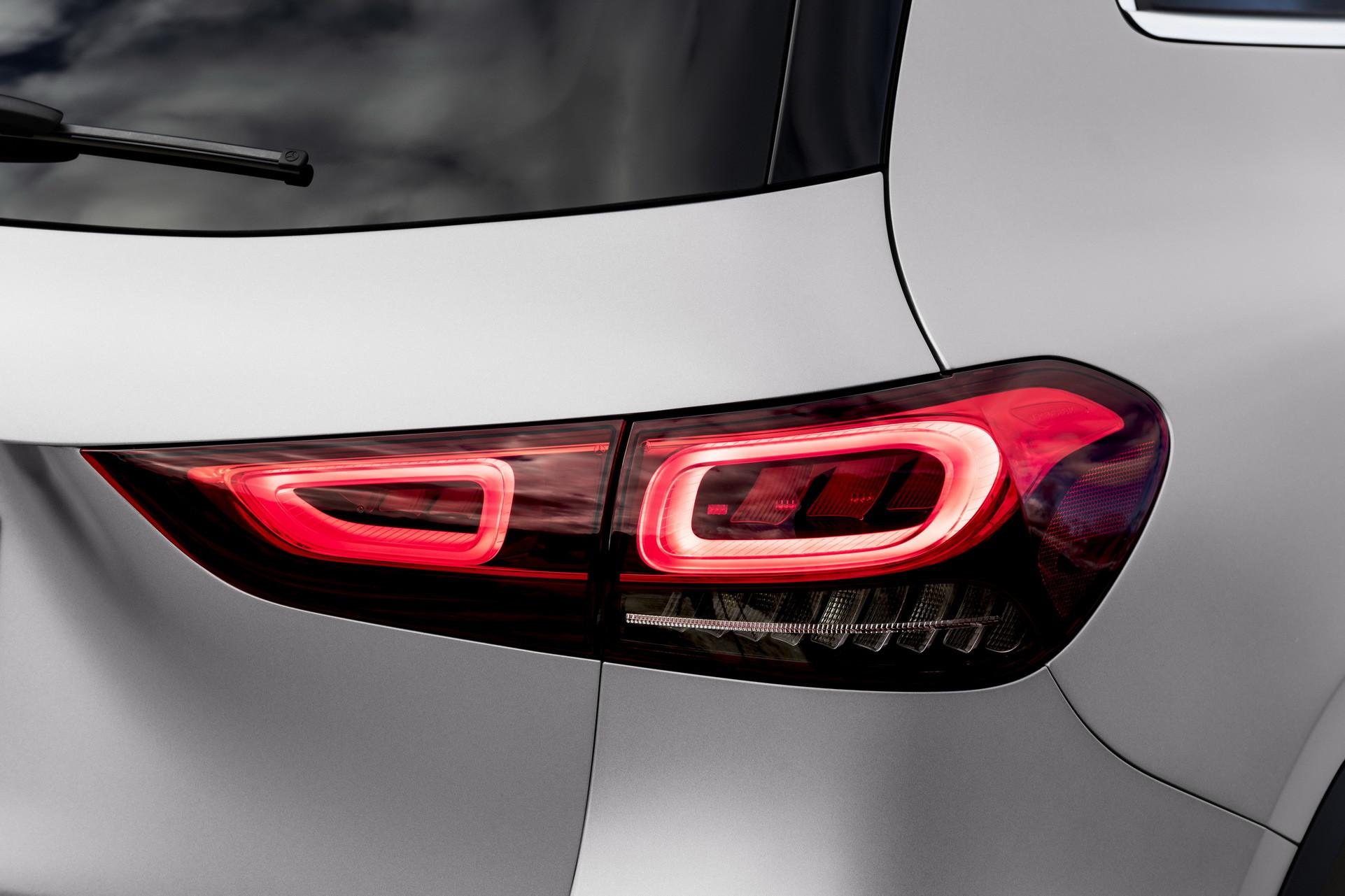 Foto de Mercedes-Benz GLA 2021 (62/103)