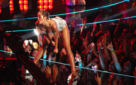 Body Miley Cyrus MTV Video Music Awards 2013