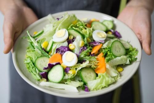 Dieta baja en hidratos para perder peso: los pasos básicos que debes tener en cuenta para hacerla de forma correcta
