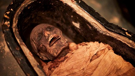 ¿Cómo sonaría la voz de una momia egipcia de 3.000 años? Ahora lo sabemos gracias a esta laringe electrónica