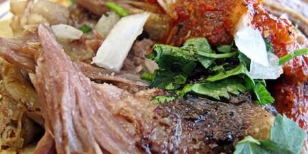 Cómo se prepara la barbacoa, platillo tradicional de comida mexicana y dónde comer la mejor de la CDMX