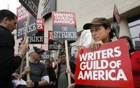 Globos de Oro y Oscars en peligro por la huelga de guionistas